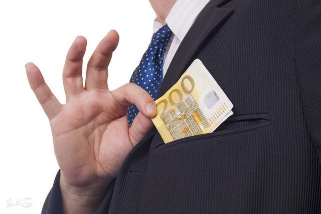 不想打工怎么在家里赚到钱?分享在家上网赚钱的几个方法